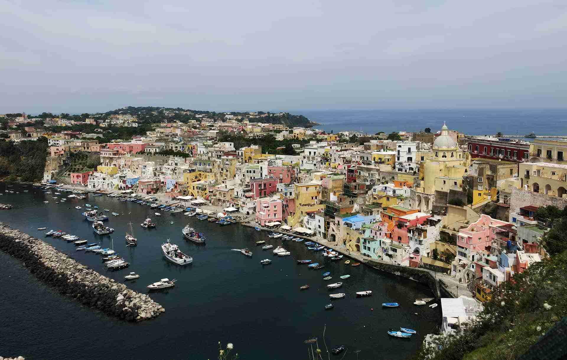 Crociera in Costiera amalfitana e isole del Golfo di Napoli 5