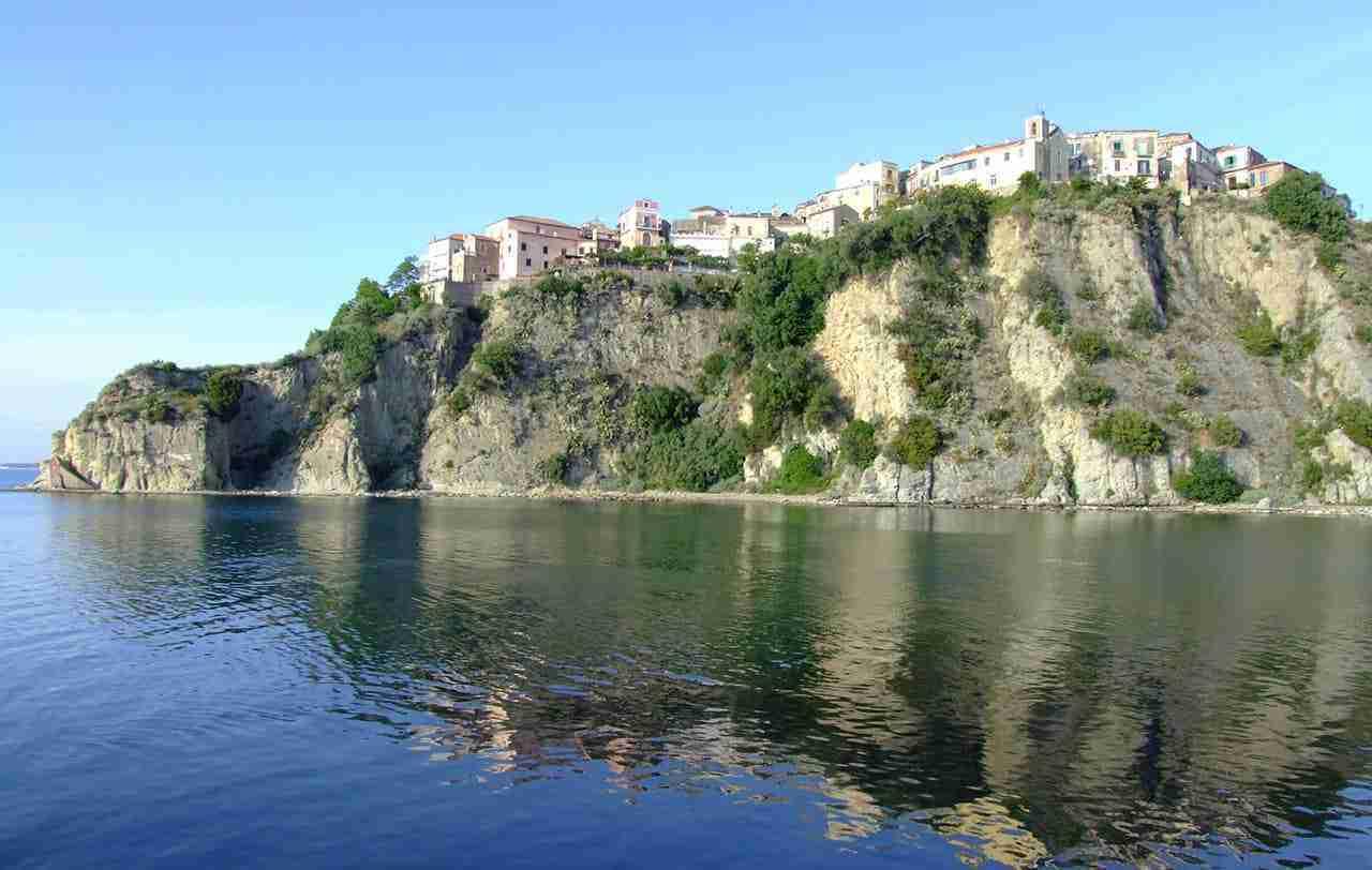 Crociera Salerno, Capri e Archeologia 1