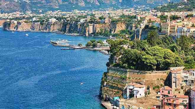 Crociera in Costiera amalfitana e isole del Golfo di Napoli 9